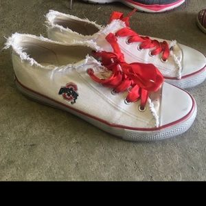 Shoes - Ohio state converse